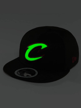 New Era snapback cap Team GITD Basic Cleveland Cavaliers 9Fifty zwart