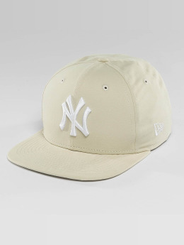 New Era Snapback Caps Lightweight Essential NY Yankees 9Fifty beige
