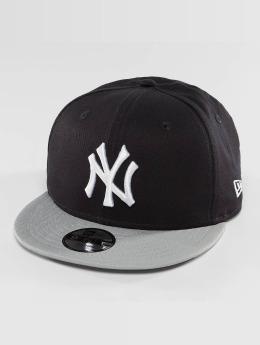 New Era Snapback Caps Essential NY Yankees 9Fifty musta