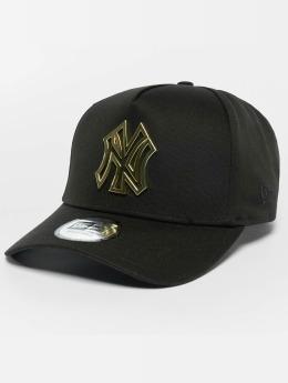 New Era Trucker Metal Badge NY Yankees A-Frame èierna