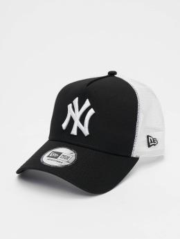 New Era Trucker Caps Clean NY Yankees čern
