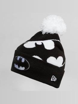 New Era Wintermütze Hero Over noir