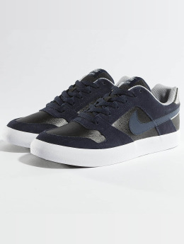 Nike Baskets Delta Force Vulc Skateboarding gris