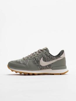 Nike Sneaker Internationalist grün