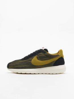 Nike Roshe Run Sneakers günstig online bei DefShop bestellen