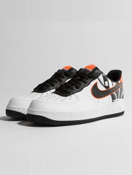 Nike sneaker Air Force 1 07' LV8 wit