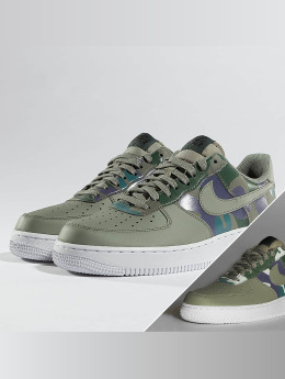 Nike | Air Force 1 07' LV8 Tennarit | vihreä