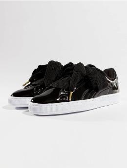 Puma Frauen Sneaker Basket Heart Patent in schwarz