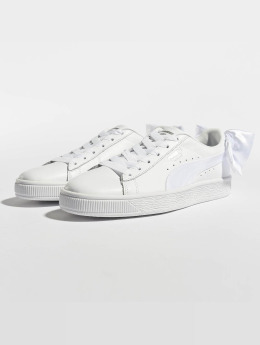 Puma Frauen Sneaker Basket Bow in weiß