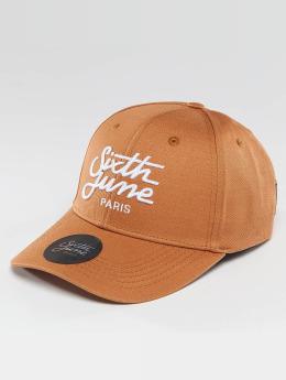 Sixth June Snapback Caps Curved Logo ruskea