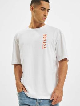 Aarhon T-Shirt Future  blanc