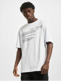 Aarhon T-Shirt Code  white