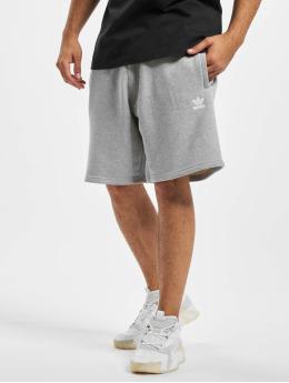 adidas Originals Šortky Essential  šedá