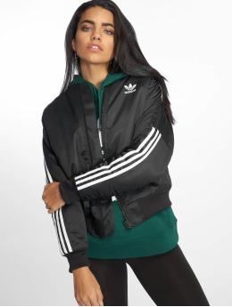 adidas originals Демисезонная куртка Bobmber черный