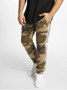 adidas originals Спортивные брюки Camo Fleece камуфляж