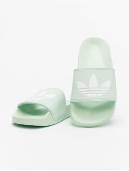 adidas Originals Шлёпанцы Adilette Lite зеленый