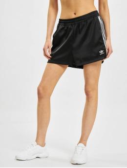 adidas Originals Шорты Originals черный