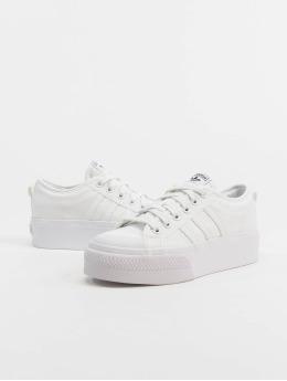 adidas Originals Baskets Nizza Platform blanc
