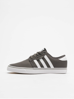adidas originals Baskets Seeley gris
