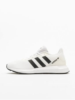 adidas Originals Sneaker Swift Run RF weiß