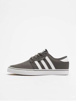 adidas originals Sneakers Seeley grå