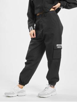 adidas Originals Spodnie Chino/Cargo Cargo  czarny