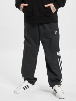 adidas Originals Spodnie do joggingu 3D Trefoil 3-Stripes czarny