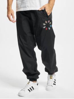 adidas Originals Spodnie do joggingu ST Woven czarny