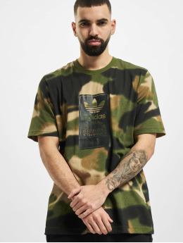 adidas Originals T-Shirty Camo Aop Tongue oliwkowy