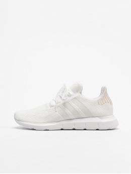 adidas originals Tennarit Swift Run W valkoinen