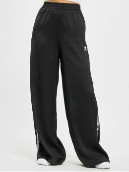 adidas Originals Verryttelyhousut Originals musta