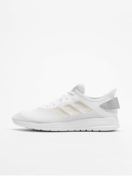 adidas Performance Chaussures de Course Yatra blanc