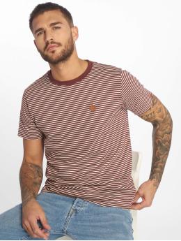 Alife & Kickin T-Shirt Nic A rouge