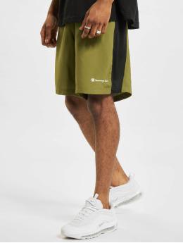 Champion Shorts Performance  grün