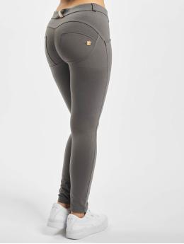 Freddy Tynne bukser 7/8 grå