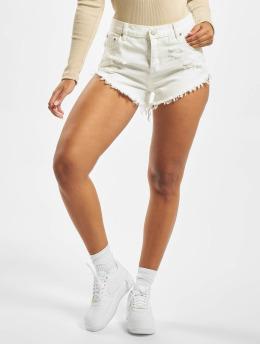 Glamorous Shorts Mailin  weiß