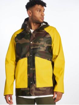 Herschel Демисезонная куртка Herschel Rainwear Classic Rain Jacket Woodland  камуфляж