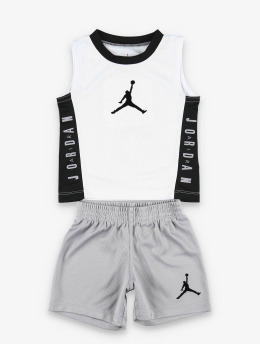 Jordan Dresser 23  grå