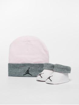 Jordan Pozostałe Basic Jordan pink