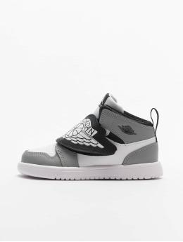 Jordan sneaker Sky wit