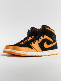hot sales ac1bc f2e10 Jordan Sneakers Air Jordan 1 Mid svart