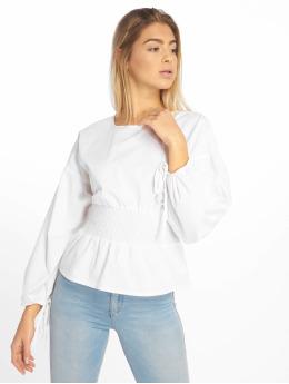 Missguided Blusa / Túnica Shirred Poplin Top With Tie Sleeve blanco