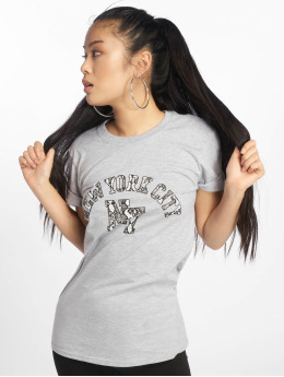 Missguided Camiseta NYC Snake Print Graphic  gris