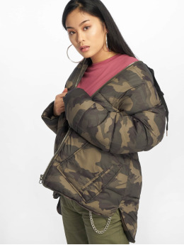 Missguided Gewatteerde jassen Longline Camo khaki