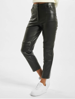 Missguided Pantalon cargo Faux Leather Cigarette noir