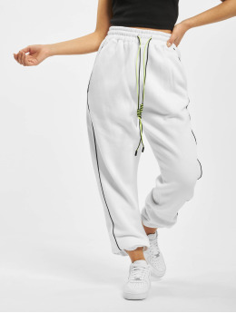 Missguided Spodnie do joggingu Co Ord Contrast Seam Toggle bialy