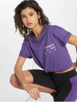 Mister Tee Camiseta New Day  púrpura