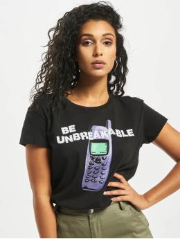 Mister Tee t-shirt Unbreakable zwart