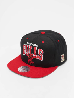 Mitchell & Ness Snapback Cap Chicago Bulls HWC Team Arch black