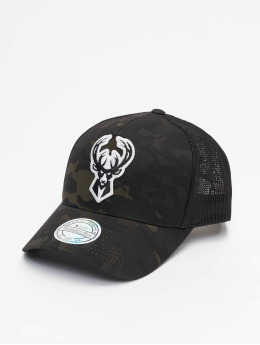 Mitchell & Ness trucker cap Multicam M. Bucks zwart